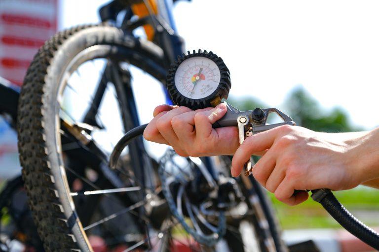Jakie odpowiednie ciśnienie w rowerze