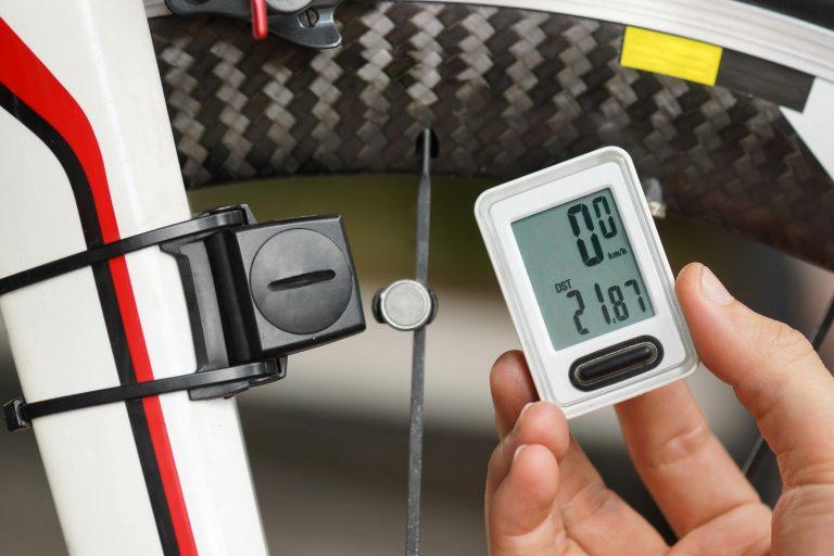 Jak ustawić licznik rowerowy